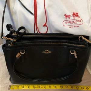 Classic Coach leather large bag in perfect shape